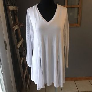 Comfy USA White Mesh Sleeve Flared Knit Tunic XS